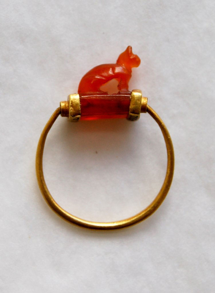Ring from ancient Egypt. British Museum (photo ©The Trustees of the British Museum.)