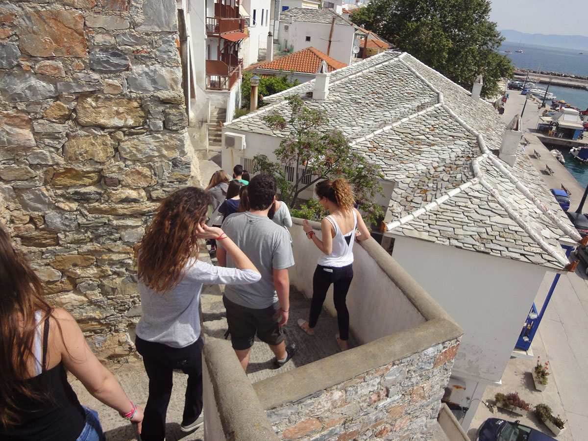 Fig. 1. Walking in the streets of Skopelos.