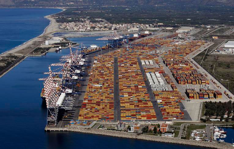 The Port of Gioia Tauro, in Calabria. Photo Credit: Reuters/Alessandro Bianchi/Courrier International.