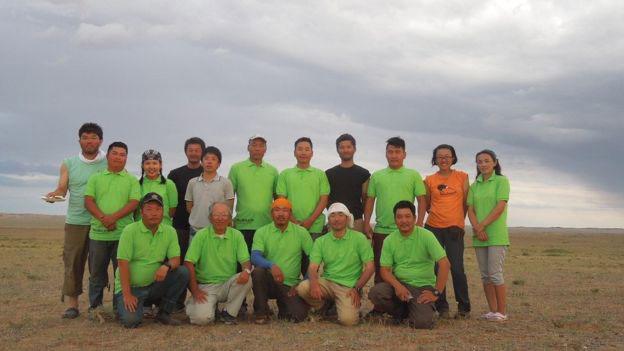 Part of the Mongolia-Japanese team that went to the Gobi desert. Photo Credit: Okayama Uni/Mongolia Academy of Sciences/BBC.