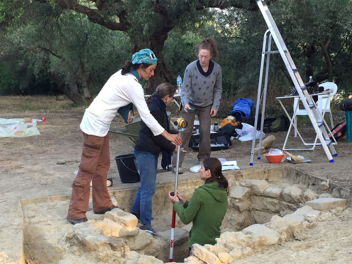 The UC-based team excavates the tomb of a Greek warrior discovered in southwest Greece.