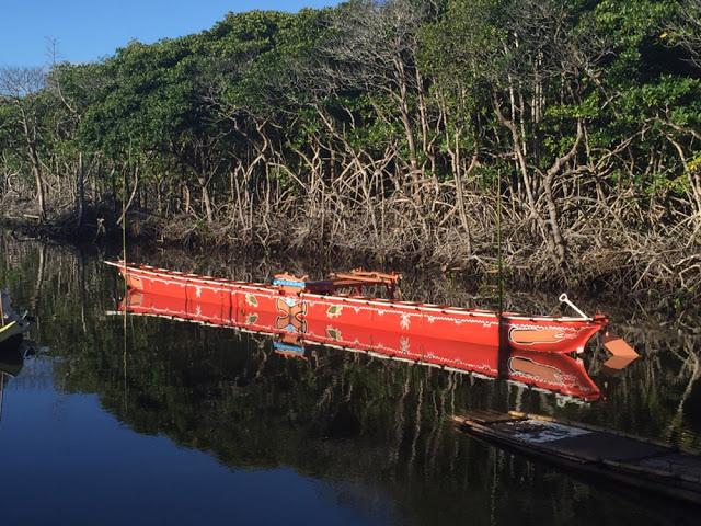 Replica of a Palauan outrigger canoe.  [Credit: University of Oregon]