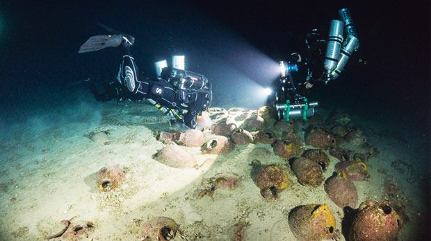 A team of marine archaeologists has been visiting the oldest shipwreck in the central Mediterranean [Credit: D Gration and Hittinen/Subzone/University of Malta]