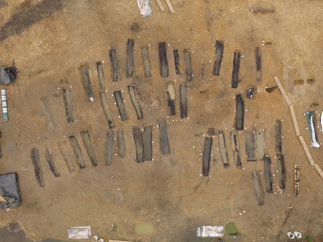 Aerial view of the excavation of an Anglo Saxon cemetery at Great Ryburgh. Credit: MOLA