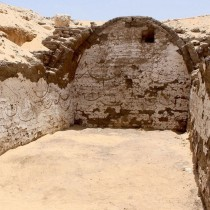 Boat burial was found within richly decorated chamber