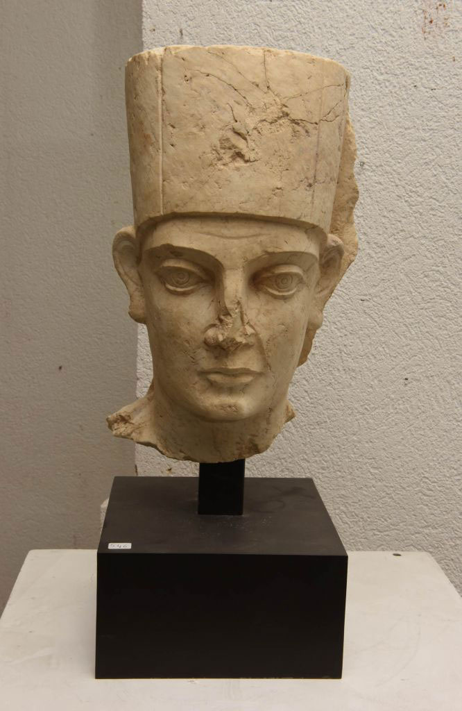 This bust of a priest from Palmyra was found at the Geneva Free Port. Photo Credit: The Art Newspaper/Ministère public genevois.