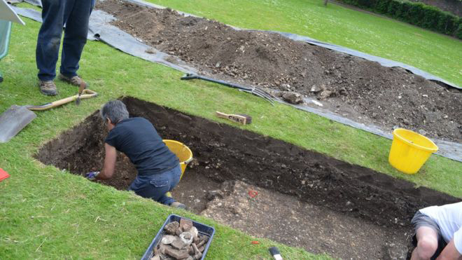 A small dig carried out after the scan confirmed the findings. Photo credit: Chichester District Council.