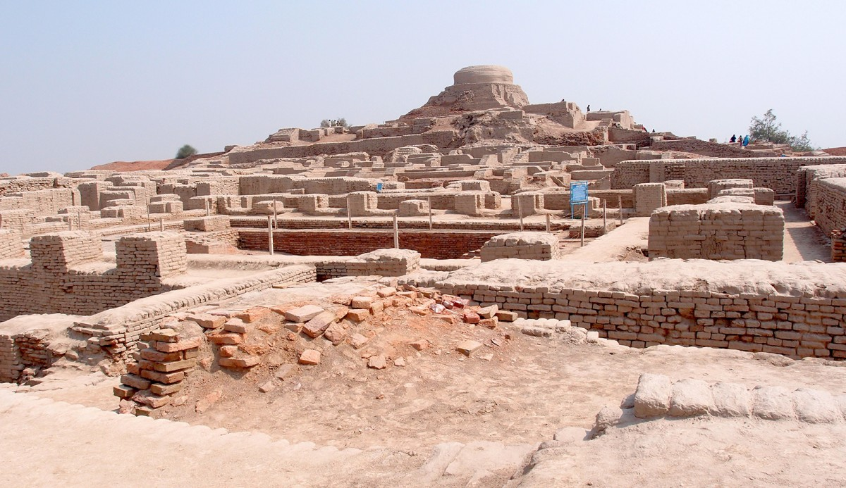 The Indus Civilization  provides a unique opportunity to understand how an ancient society coped with diverse and varied ecologies and change in the fundamental and underlying environmental parameters.