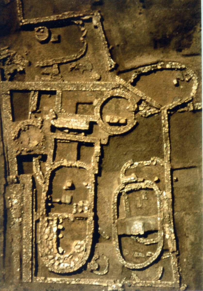 Skala, Oropos. Buildings of the Geometric Era (photo: Konstantinos Mazarakis Ainian, 1998).