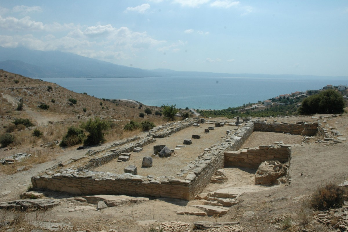 Soros, Magnesia. View of the temple of Apollo after the excavation was completed, 2008 (photo: Alexandros Mazarakis Ainian).