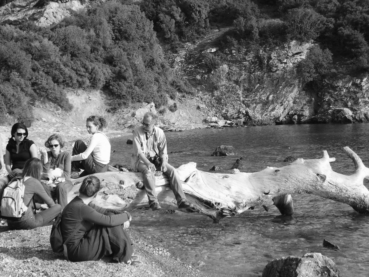 Staphylos (Skopelos). Relaxing during an educational trip with postgraduate students from the department of History, Archaeology and Social Anthropology.
