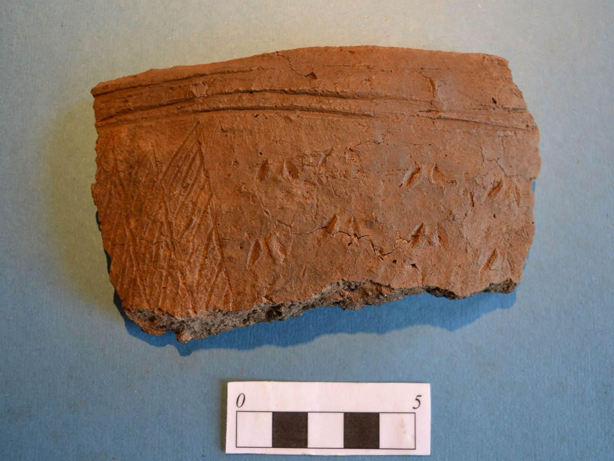 A section of grooved ware pottery found near St Andrews. Credit: University of St. Andrews.