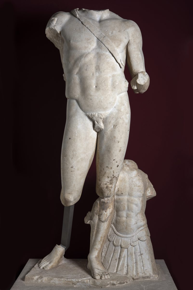 Fig. 11. Larger than life statue probably depicting the Emperor Hadrian as the god Ares. 2nd c. AD, Coroneia. Thebes Archaeological Museum.