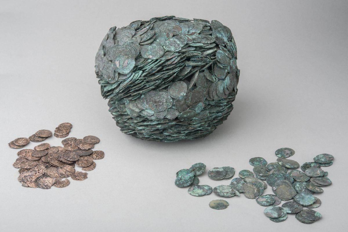 Fig. 14. «Treasure» of Venetian coins, buried circa 1400 AD, Thebes. Thebes Archaeological Museum.