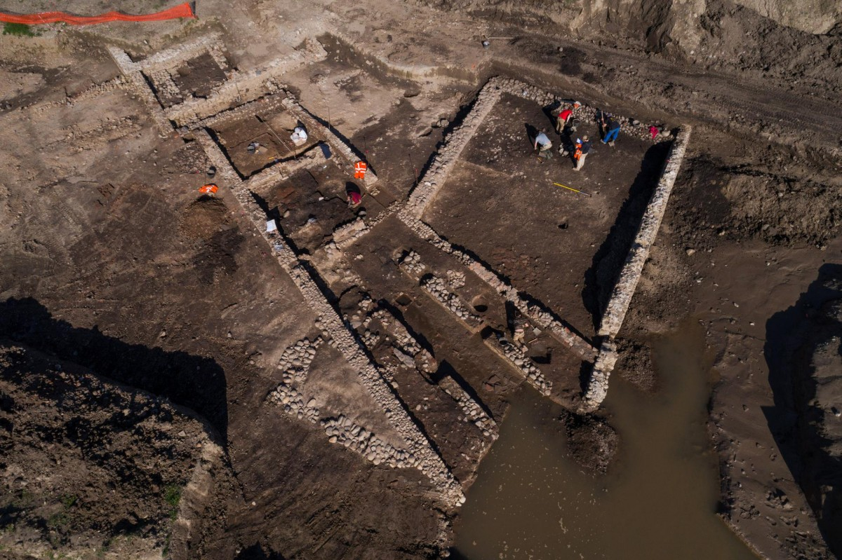 Aerial view of the Mithraeum and its annexe buildings. Photo credit: Denis Gliksman, Inrap