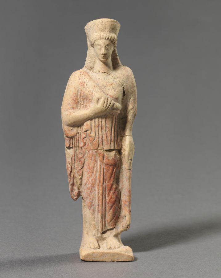 Female figure. 475-450 BC. Sindos.