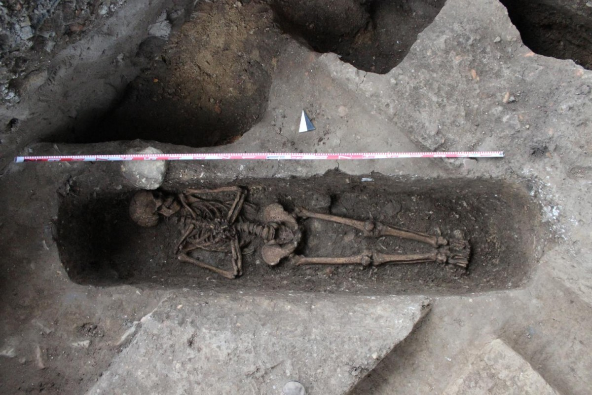 In November 2016, a skeleton with its hands folded in prayer was unearthed – the first documented European burial from the 17th century in the Asia-Pacific Region. Credit: University of Konstanz.