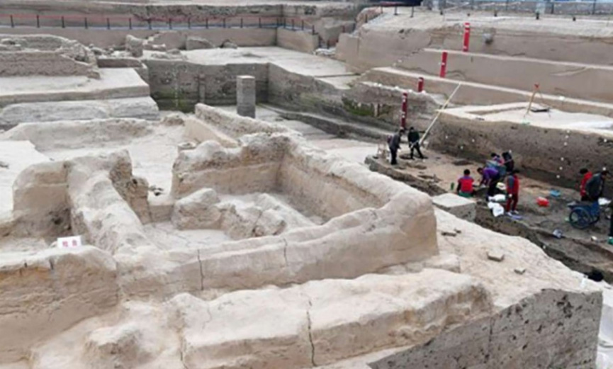 The Kaifeng government confirmed the existence of the six ancient cities buried deep underground in 2006, according to state-run Xinhua news agency.