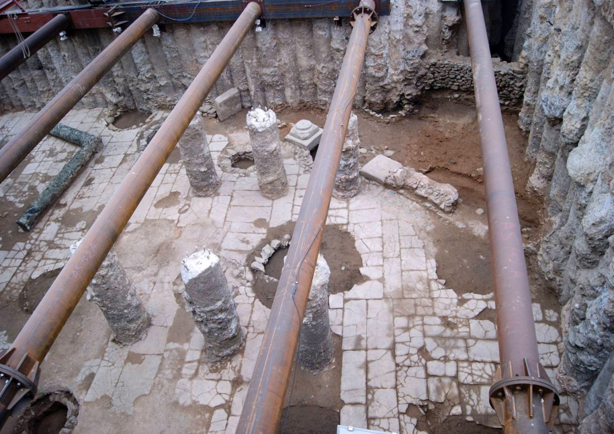 View of the paved square. Photo credit: ANA-MPA.