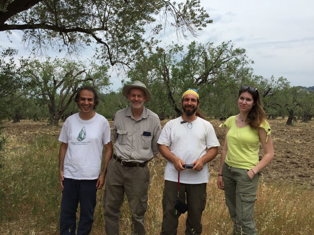 Fig. 3. Geoff Bailey (second from left) with good collaborators George Lyras (first on left), George Iliopoulos (third from left) and Elli Karkazi in Rodafnidia, Lisvori on Lesbos, in June 2015.