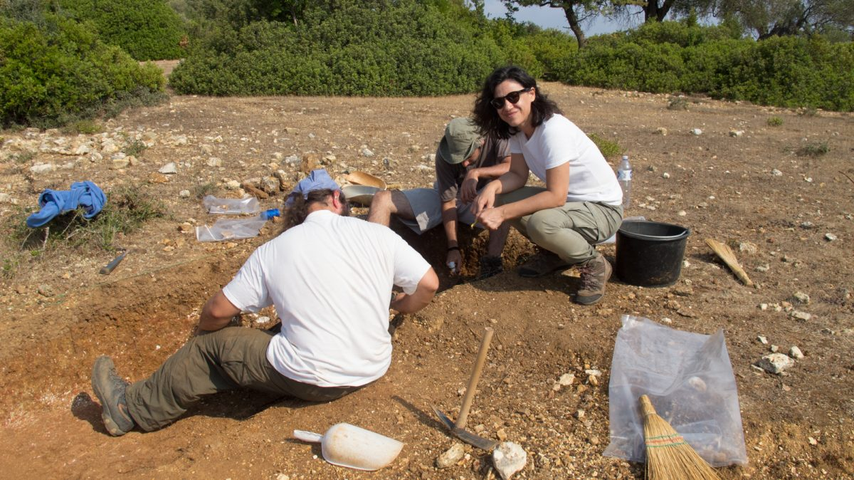 Fig. 5. Trial Excavation on southern Meganisi in the summer of 2013.