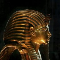 Expert meeting in Cairo over moving King Tut's items