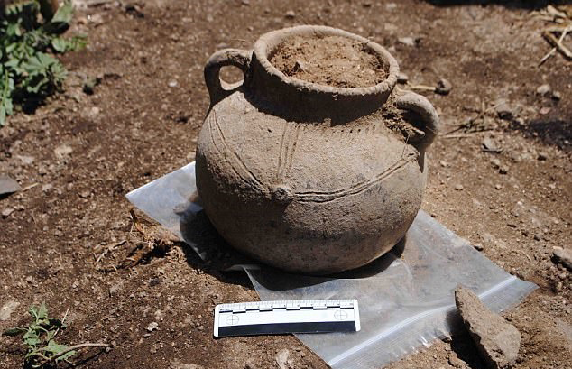 Amongst the findings were huge pieces of pottery from Madagascar, the Maldives, Yemen and China, suggesting  that the city had thriving trade. Credit: Tim Insoll, University of Exeter.