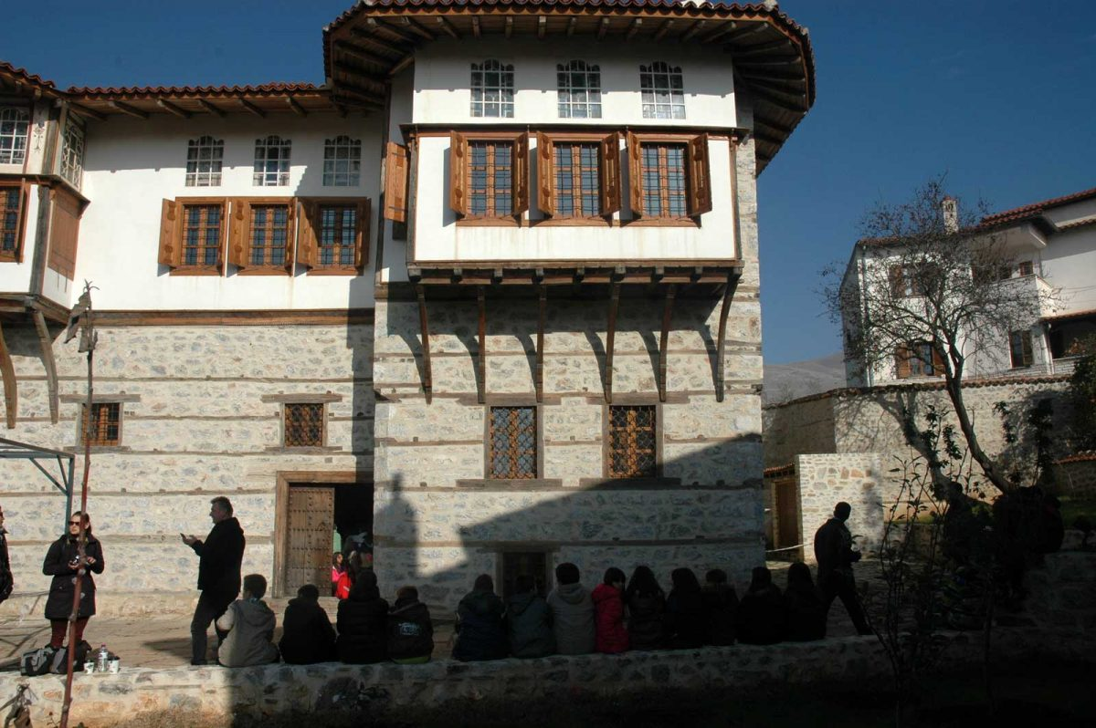The Poulko Mansion in the Gerania quarter, Siatista. According to the inscription over the entrance, its construction began in 1752.