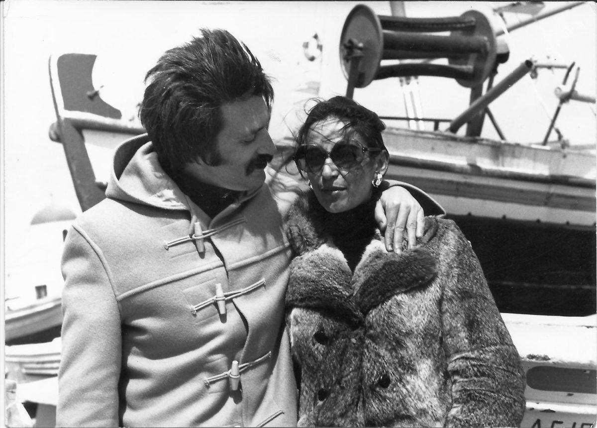 Fig. 10. The Sakellarakis couple on Mykonos, 1972 (photo: Loukas Benakis).