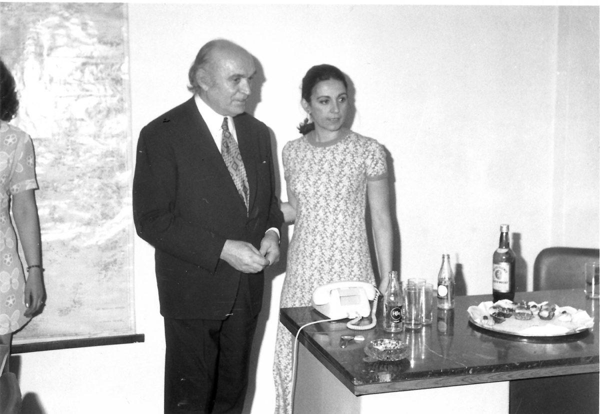 Fig. 11. Efi Sapouna-Sakellarakis with her father Miltiades Sapounas, in his office, 1973.