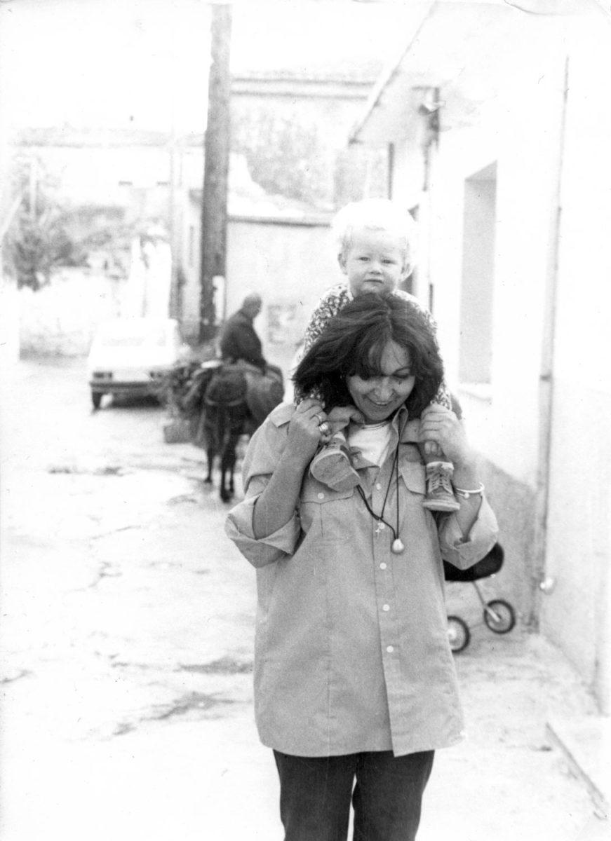 Fig. 12. Efi Sapouna-Sakellarakis with the couple's godchild Wilhelm, Adolf, Roiko,Theodor Furtwängler. Archanes, 1980s.