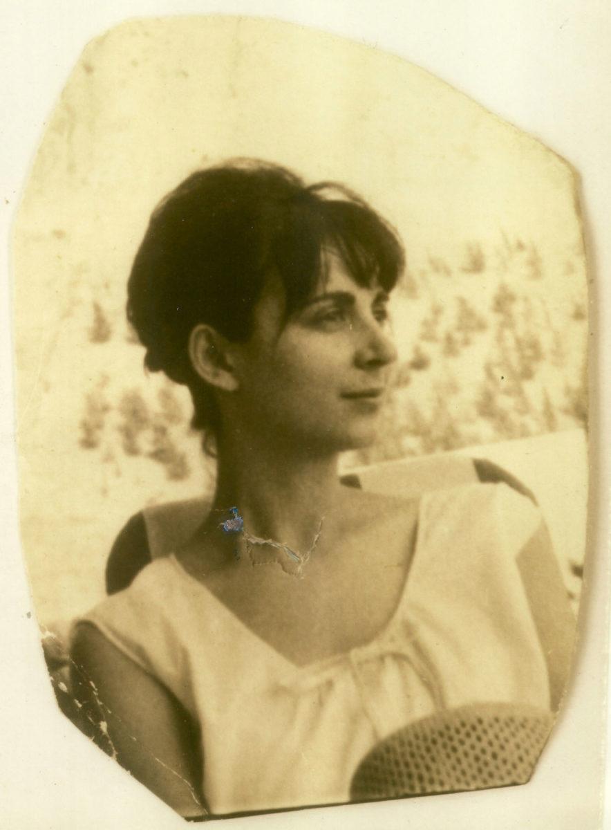 Fig. 2. Efi Sapouna, 1965 (photo: Miltiades Sapounas).