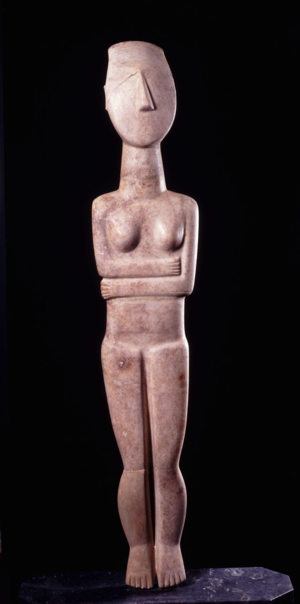 Marble statue of female figure. Large scale sculptures were thought to have a cult use. Normal type, Spedos variety, Early Cycladic II period (circa 2700- 2400/ 2300 BC). Museum of Cycladic Art, inv. no. N.G. 724. Photo: © Museum of Cycladic Art/George Fafalis