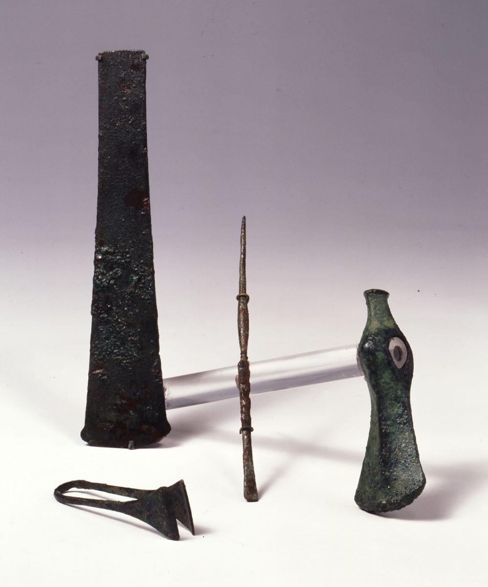 Bronze tools. Early Cycladic II period (circa 2700- 2400/ 2300 BC). Museum of Cycladic Art, inv. no. N.G.224, N.G. 976, N.G.298 and N.G.225. Photo: © Museum of Cycladic Art/George Fafalis