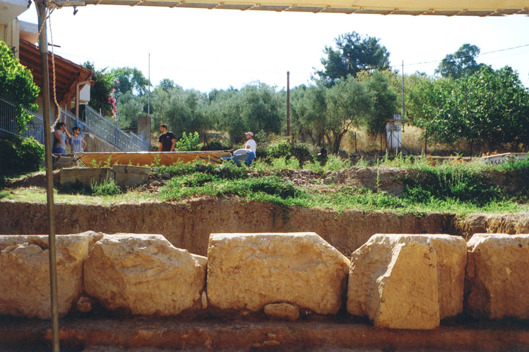 View of the excavation at the sanctuary of Artemis Amarysia in Amarynthos (photo: Ministry of Culture and Sports).