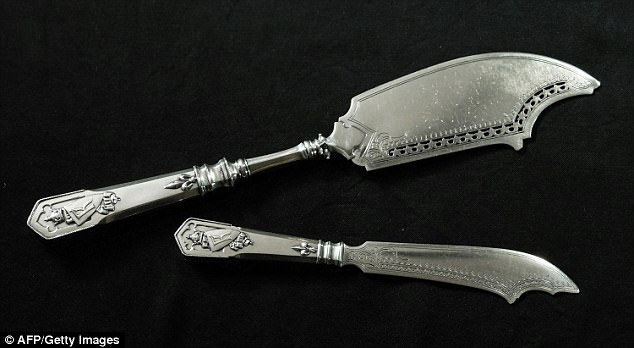 Two remaining silver knives from the Fabergé table set (photo: AFP/Getty Images).