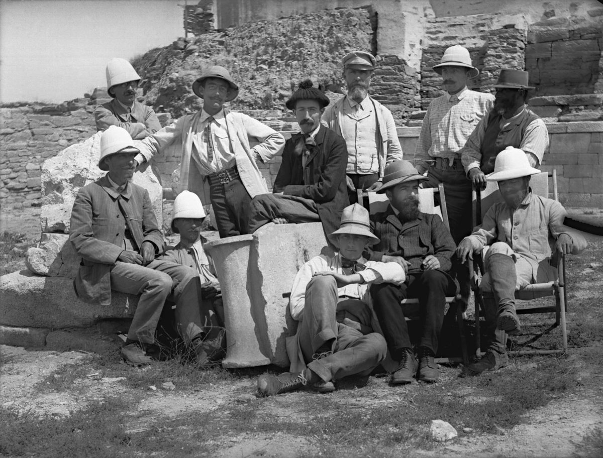 French and Danish researchers at the Hypostyle Hall at Delos (1909).