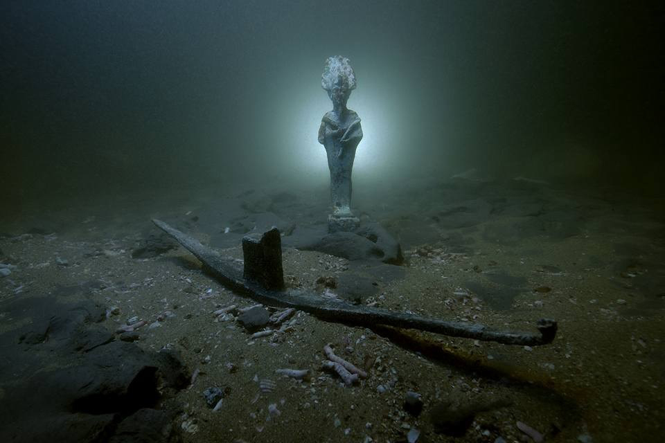 Underwater excavations at the Heraklion sunken city in Abu Qir Bay includes the discovery of a votive bark of the god Osiris,as well as the completion of the conservation and documentation works.