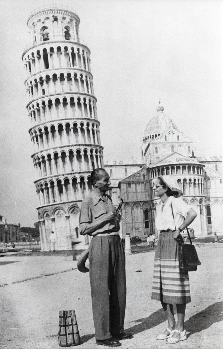 Nikos Kazantzakis with his wife, Eleni, in Pisa, 1951.