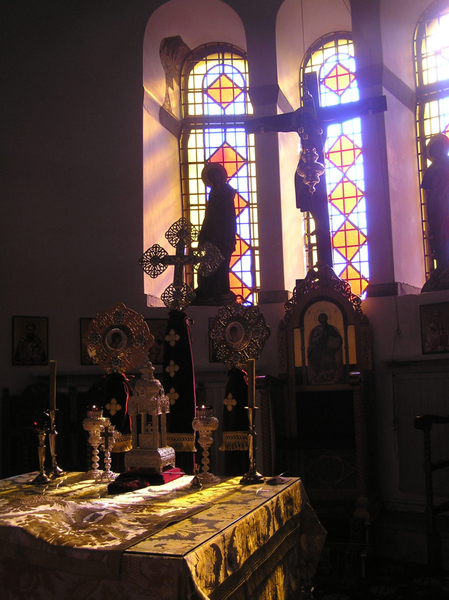 Fig. 12. The lighting of the sanctuary and the altar (at 9:55 in October).