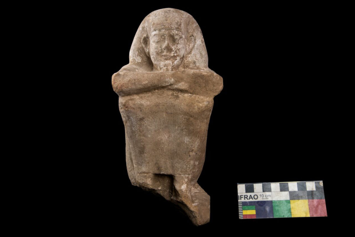 Seated statue at Tell Edfu.