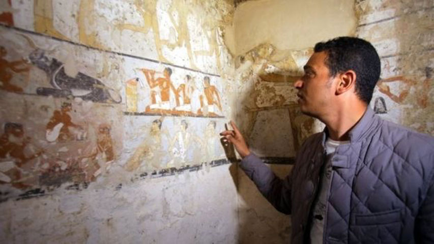 The tomb is well-preserved and shows wall paintings depicting a variety of scenes with Hetpet. (Photo credit: EPA)