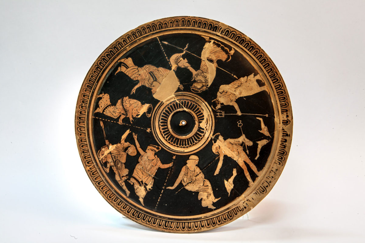 Attic red figure pyxis (425 BC) © NAM/ ARF (Photo: E. Galanopoulos)