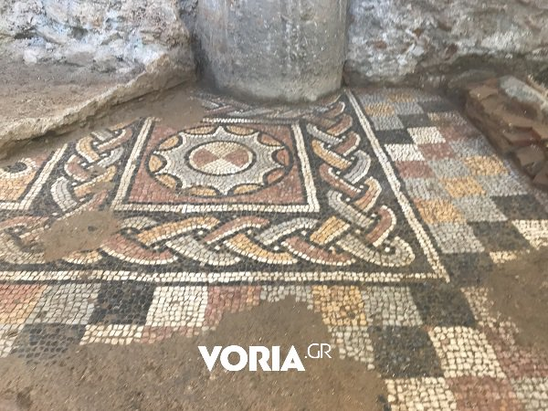 Earlier, well-preserved mosaic floors from the 4th century were brought to light. Photo Credit: The Greek Reporter.