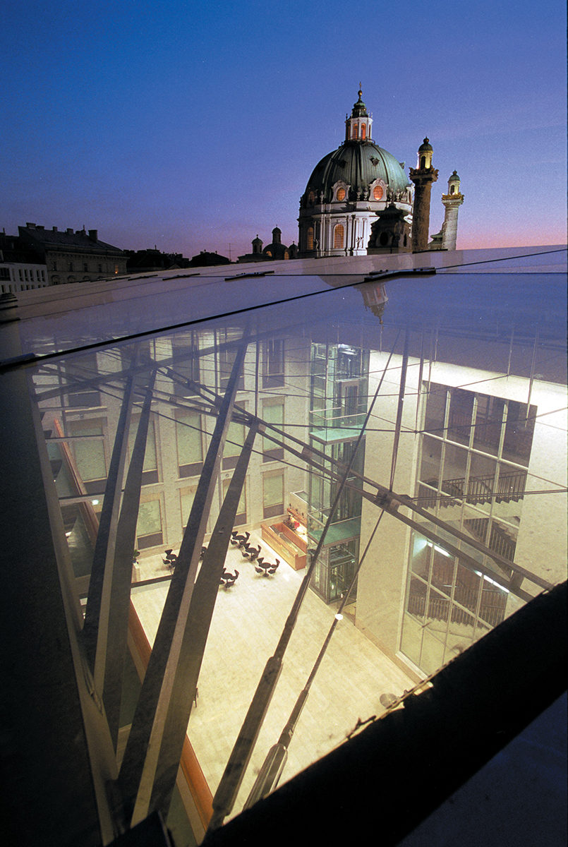 Refurbishment and extension of the Historical Museum of the city of Vienna, 1998-2000.