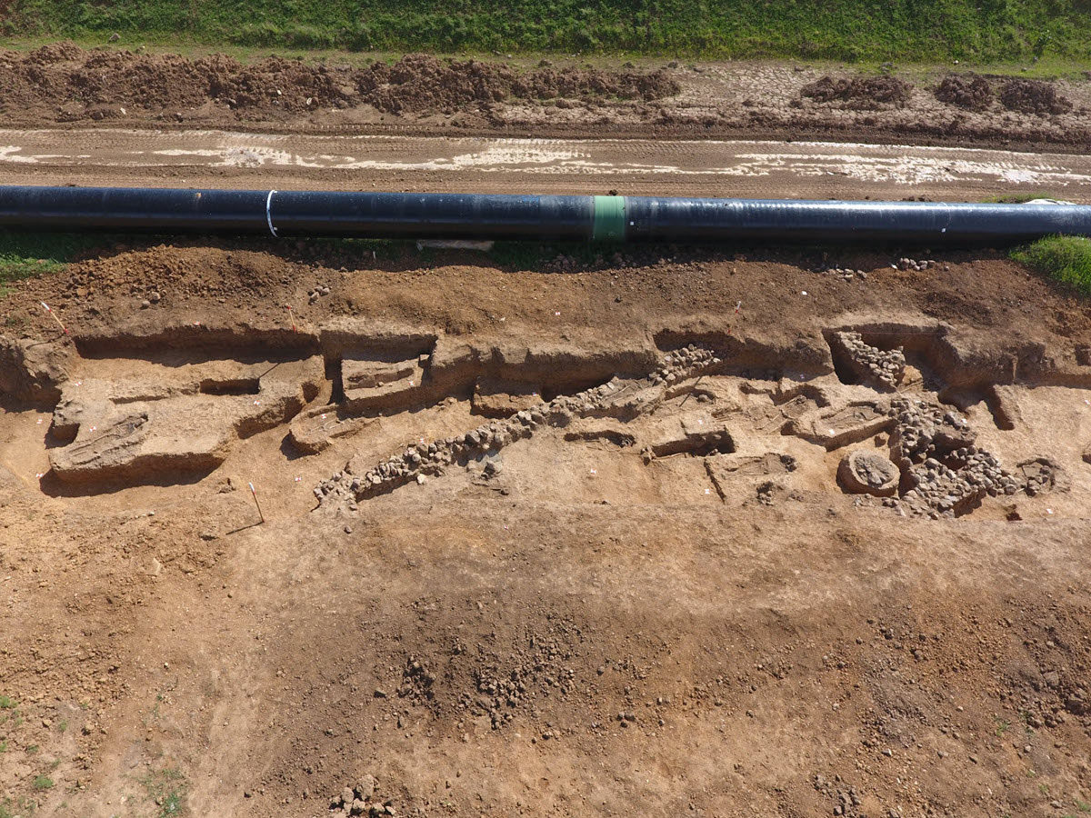 Arsakeio, building and graves (4th-5th century AD). Photo credit: Trans Adriatic Pipeline (TAP) AG.