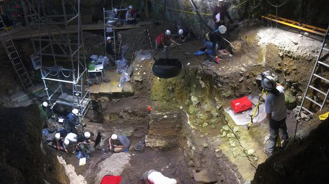 El Portalón cave in the Sierra de Atapuerca (northern Spain) contains four millennia of biomolecular prehistory. Credit: Eneko Iriarte (Universidad de Burgos)