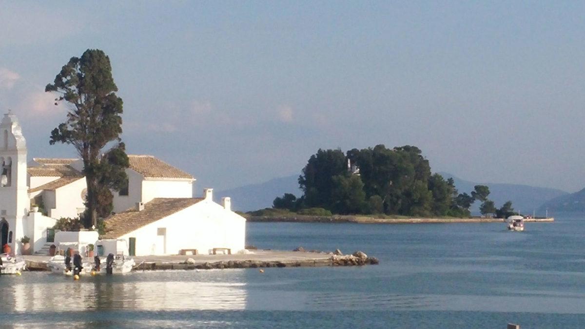 View of Pontikonisi (photo: Athens and Macedonian News Agency)