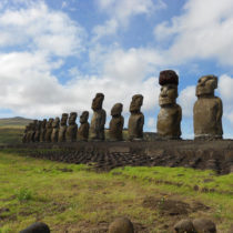 Easter Islanders used rope, ramps to put giant hats on famous statues