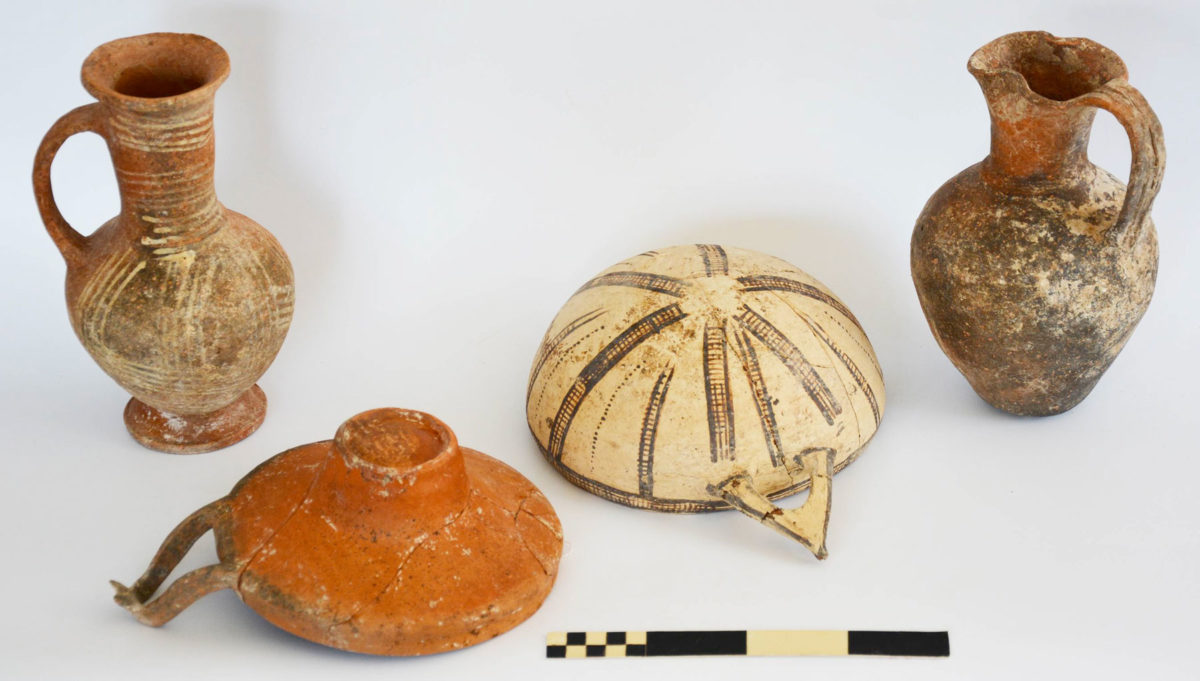Dromoloaxia-Vyzakia: Local wares (Photo: Cyprus Department of Antiquities)